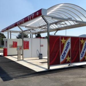 Station avec 4 programmes de lavage et structure inox 2 pistes couvertes