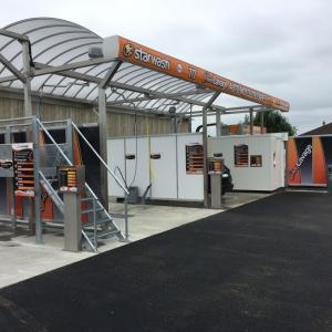 Création d'une station de lavage 3 pistes et robot POWERJET